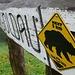 Auf Teuffeli hats endlich einen Wegweiser - und erst noch mit Bärenwarnung!