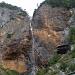 """Imposant der Wasserfall und der """"Adlerhorst"""" kurz nach dem Start"""