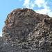 Der Gipfel kommt näher...seit kurzem gibt es eine Ferrata vom Sattel schräg nach rechts oben