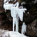 Eisvorhang an der Weißach