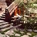 Hier wurden nach diversen Getränken Verhauer zu kleinen Erstbegehungen verklärt :-) Die Beiz gibt es in Zermatt schon lange nicht mehr. War ein Geheimtip und lag versteckt in einer ruhigen Seitengasse (hab leider den Namen vergessen)