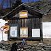 Bei der Postautohaltestelle Simplon Hospiz (1997m) endet die abwechslungsreiche Skihochtour. Toll war's!