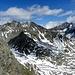 Goßnitzbach und Goßnitzscharte,2732m am Fuß des Talleitenspitze(3115m) und Goßnitzkopf(3096m)-links ,Große Hornkopf(3251m) und Klammerkopfe(3155m) -rechts.