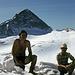 In der Mulde zwischen Nord- und Südgipfel der Gefrorenen Wandspitze auf 3245m Höhe. Hinten der Olperer.
