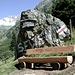 <b>Panchina all'inizio del sentiero per la Sewenhütte.</b>