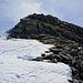 Kurze felsige Steilstufe, die aus der Nähe sich als problemlos erweist