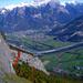 Wow – Tiefblicke! Rot: Route über die Eisenleiter