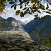 """ein Blick zur Val d'Osogna: links die """"Parete d'Osogna"""" (mit Kletterrouten) , rechts die Cima Cioltro ..und ganz hinten in weiss die Torroni (Basso & Alto)"""