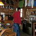 La cucina-refettorio, una gran bella capanna