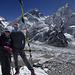 Gipfelfoto auf dem Kala Pattar, mit Everest (Bildmitte) und Nuptse (7861m, rechts)