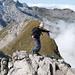 akrobatik auf dem Gipfelgrat