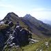 Harrie-Jan auf dem Guldergrat. Weit hinten grüssen die Gipfel des Gulderstocks.