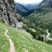 Für mich die schönste Passage der heutigen Tour: steiler Abstieg in die Val Bever.