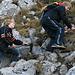 Tristan und Timo ohne Probleme im felsigen Gelände