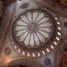 29.06.2012. In Istanbul. - Während eines Aufenthalts auf der Anreise per Flugzeug: Blick in die Hauptkuppel der Sultan Ahmet Camii (Sultan-Ahmed-Moschee = Blaue Moschee).
