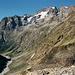Über dem oberen Vénéontal zeigen sich bekannte Bergriesen von ihrer eher unbekannten Seite.