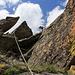 Der Anfang des Südwestgrates ist sogar klettersteig-ähnlich ausgerüstet