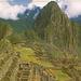 Hinten, der grüne Gras-Gupf ist der Huayna Picchu  2515m