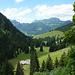 Blick zurück zu Teysachaux und Le Moléson