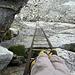 Tiefblicke von der Leiter zum Pas de Chevres 2855 m