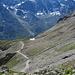 Rückblick auf den Aufstiegsweg zur Cabane des Aiguilles Rouges.<br />