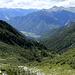 Dalla bocchetta di Camedo, vista sulla Val Roggiasca, ed in basso Roveredo