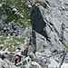 Die Schlüsselstelle des Rigidalstock-Klettersteig findet sich bald nach dem Einstieg.