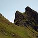 In der Traverse hinüber zum Grat (Fuggfurggel). Das wäre dann der Fuggstock, den ich wegen für mich zu schwierigem Gipfelgekraxel rechts liegen lasse.