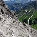 Abstieg mit Blick hinunter zum Amatschonjoch