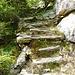 Alte Treppenanlagen am Aufstieg nach In di Ari