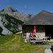 Buvette bucolique à l'Alp Plavna
