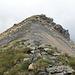 Streckenweise erscheint der Gipfelgrat wie blankgefegt.