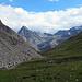 Durch dieses Tal geht's hinunter bis zur Julier-Passstrasse. Das Ende der Tour naht.