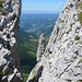 Immer wieder bieten sich interessante Ansichten zwischen den Felsen hindurch.
