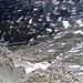 Der Blick zum Biwakplatz 500m unter uns