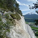 Der etwas längere Abstiegsweg oben, um den Steinbruch herum