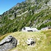 Alpe Erbea mit den Valli Sparse - horizontal durch diese Wand führte ein Weg, welcher auf den alten Karten noch eingezeichnet war