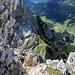 Gelbe Scharte vom Schartschrofengipfel auf dem der Friedberger Klettersteig beginnt.