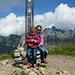 Gipfelfoto Krinnenspitze 2002 m<br /><br />Von der Gräner Ödenalpe führt der leichteste Aufstieg auf die Krinnenspitze. Dieser Weg ist auch mit kleinen Kindern gut machbar.