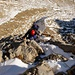ein Klettersteig führt zuletzt senkrecht zur Moräne hinab
