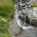 Kleiner Wasserfall im Valgin