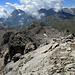 Abstieg dann schlussendlich über den Gipfelgrat in die Mulde, dann wieder auf den Grat und hinunter zum Pass Lunghin. Ging nicht anders.