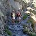 Giusi e Marika sul sentiero che porta al Rifugio Bertacchi