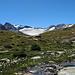 Auf etwa 2600 m wird's für einen kurzen Moment flacher und gemütlich. Ab hier beginnt der ersthafte Aufstieg.