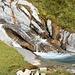 Il torrente tra i due alpeggi. Conviene usarlo come riferimento per la salita.