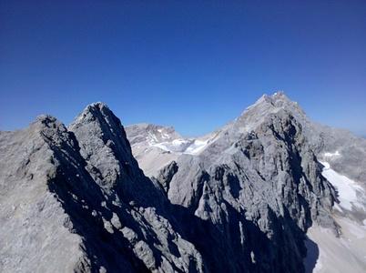 Blickzurück zur Zugspitze (1/3 des Weges)