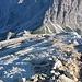 Steil geht es den dritten Abschnitt der Laste hinauf; inzwischen folgen etliche Bergsteiger nach.