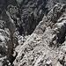 Die ersten Aufstiegsmeter zur Parzinnspitze - immer im  Wechsel zwischen Schutt und fester Fels