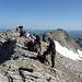 Diverse Seilschaften auf dem Wildhorn 3247.6m