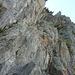 Im unteren Teil kennt der Klettersteig nur eine Richtung, nach oben.